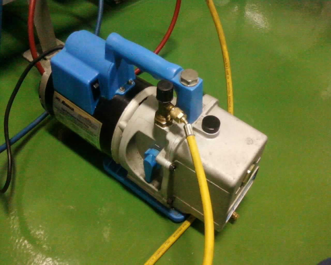 Pentingnya Proses Vakum / Vacuum pada AC Baru