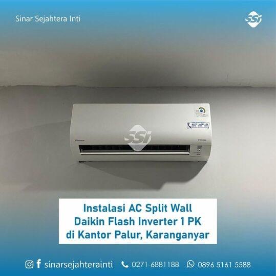 Instalasi AC Split Wall Daikin Flash Inverter  1 PK (FTKQ25SV) untuk Ruang Kantor di Palur, Karanganyar